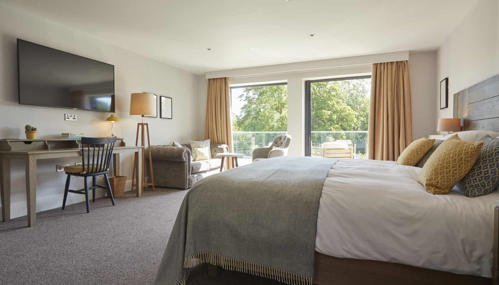 River view suite bedroom at hotel the Swan at Streatley